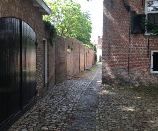 In de steegjes van Middelburg